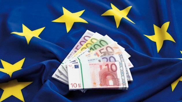 Виплата третього траншу ЄС Україні відкладається