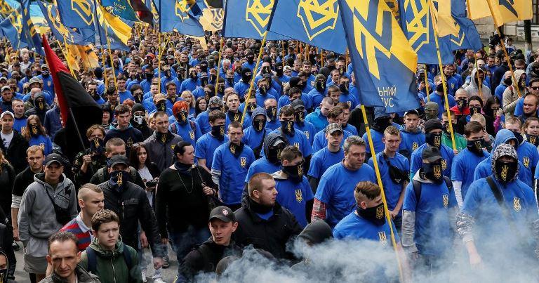 """""""Права"""" Європа проти """"правої"""" України"""