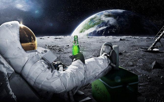 Чи переселяться олігархи у космос?