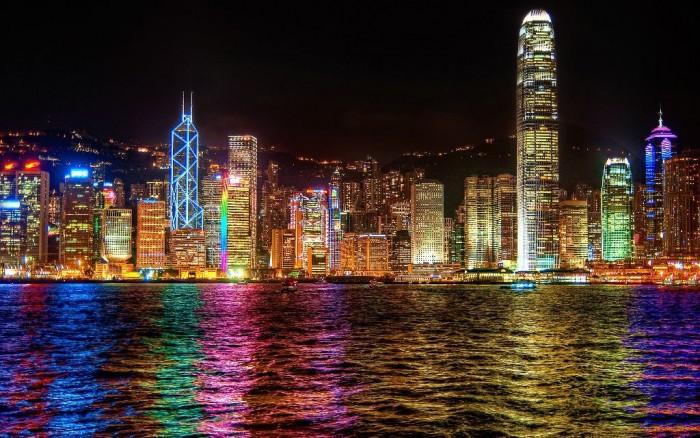 Китай посилює тиск на Гонконг