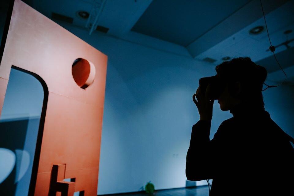 Про технології й мистецтво