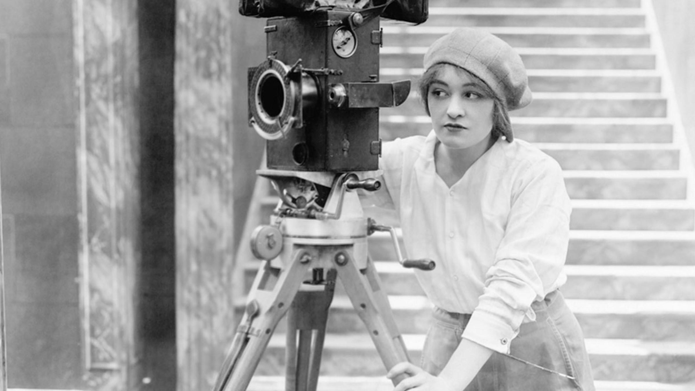 До Міжнародного дня кіно: несвятко-святкове