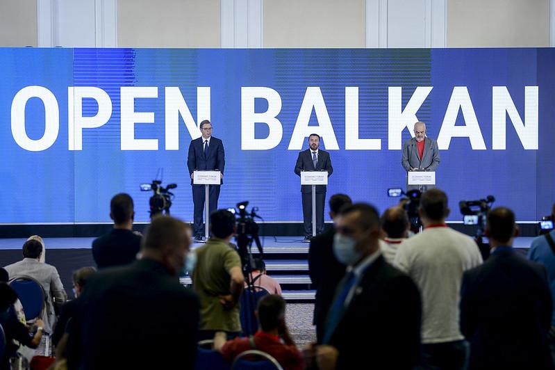 """Open Balkan замість """"міні-Шенгену"""""""